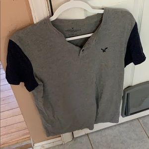 Men's Gray  American Eagle T-Shirt Size Small